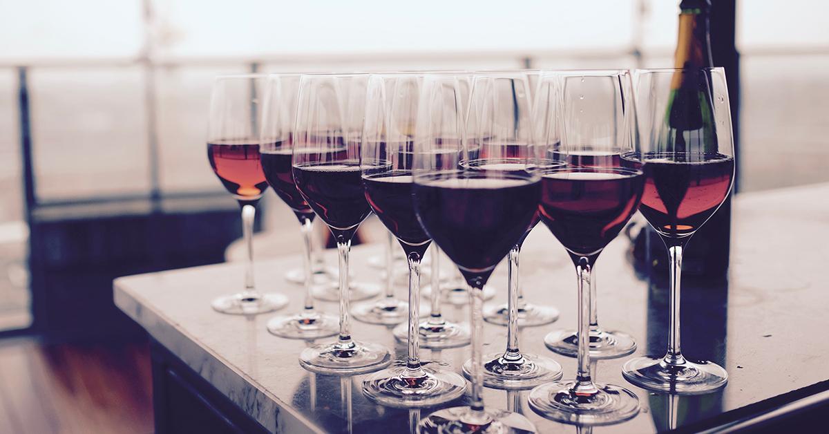 ako odstranit skvrny od vina